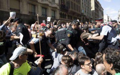 Referendum Catalogna, Guardia Civil sequestra 10 milioni di schede