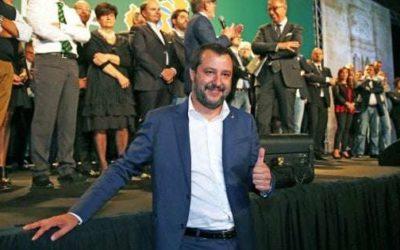 """Lega, nuovo simbolo senza """"nord"""". Salvini: """"Sarà valido per tutta Italia"""""""