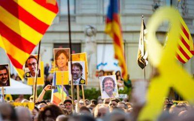 Catalogna, gli indipendentisti rischiano fino a 25 anni