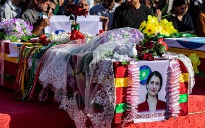 Non dimentichiamo Hevrin Khalaf, simbolo del martirio dei curdi