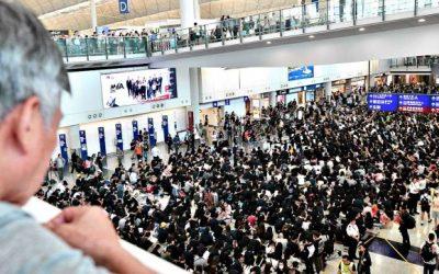 Hong Kong chiede libertà, la Cina frena