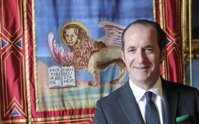 Zaia ci riprova: bandiere di San Marco su tutti gli edifici
